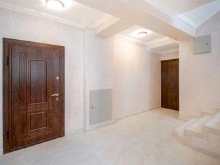 Новый элитный  дом из красного кирпича,сдан в эксплуатацию. 650 евро м2
