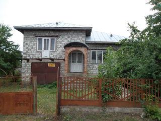 Casa la vinzare sau scimb pe apartament in Balti