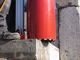 Алмазное сверление отверстий, режем бетон проемы