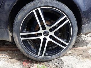 Audi R18 225/ 45