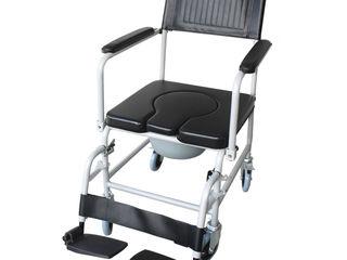 Стул-туалет каталка с мягким покрытием на колесах и подножками ! Кровать функциональная,ходунки,стул