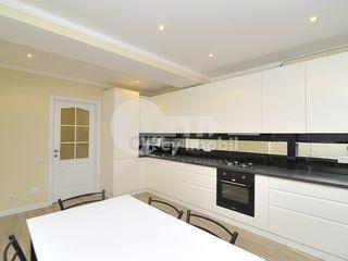 Apartament 2 camere, 93 mp, euroreparație, bloc nou, Buiucani 74900 €