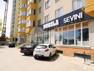Spațiu comercial, prima linie, reparație euro, str. Sadoveanu, 185000 €!