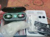 Продаются новые беспроводные сенсорные наушники