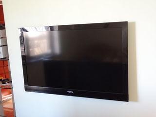 Sony Bravia KDL-46EX700 диагональ 46дюймов 117сантиметров