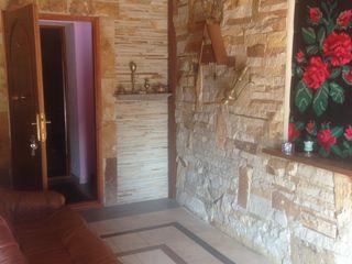 Casa cu 2 nivele !!! Sauna + terasa de sarbatori