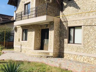 Casa cu 2 nivele in zona pitoreasca , la 20 km de Chisinau S.Pirita