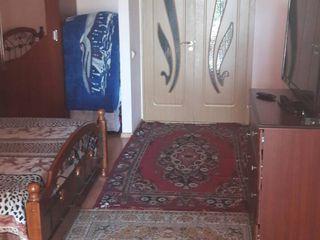 кишинев ставчены продам квартиру 1 этаж автономка 20000 евро дом сдан в эксплотацию