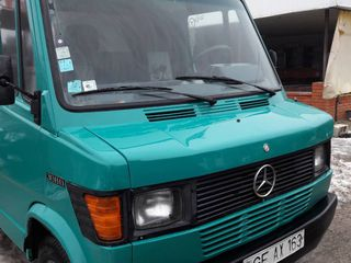 Mercedes 308d идеальный