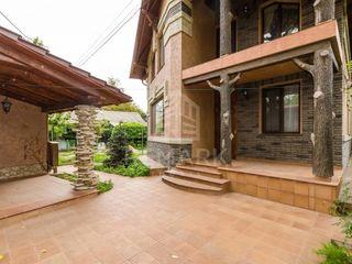 Vânzare  Casă în 2 nivele, Centru, str. Vasile Alecsandri, 249000 €