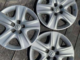 Vând capace la Opel