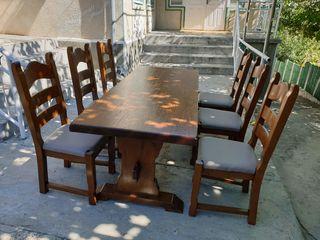 Masă lemn masiv +6 scaune stare foarte bună.