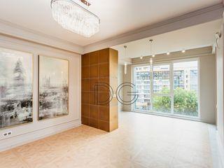 Apartament de Lux în Centrul Chișinăului - 2 odăi cu living, 70 m2