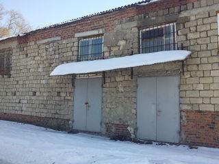 Cдам продам помещение свободного назначени с выкупленной землей 5сот. c.Sadovoe, mun.Bălţi