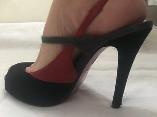 Замшевые туфли фирмы Faith