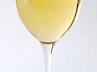 Vin alb și roșu, de casă de foarte bună calitate