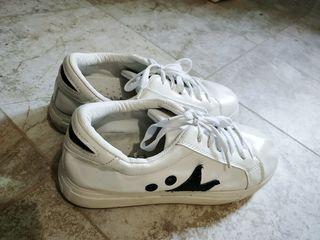 Кроссовки, 36 размер, кожзам