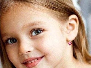 Прокол ушей, детям и взрослым ( без боли)