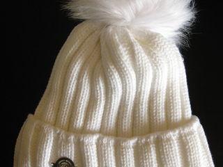 Новая шапка, 250 лей