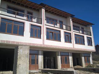 Townhouse 3 nivele 160 mp