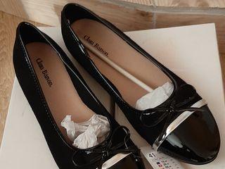 Продам обувь новую размер 40-41 из UE
