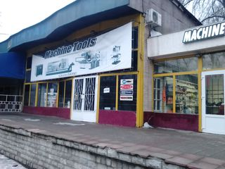 Arenda, Chirie, 155m. p. Comert, cafenea бар str. Dimo 11, первая линия