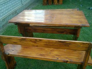 masa din lemn (pin)