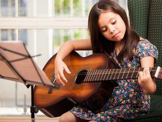 Уроки гитары онлайн  для  абсолютных новичков