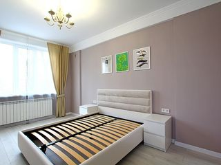 Vanzare, Buiucani, 2 odai + living, 53900 €