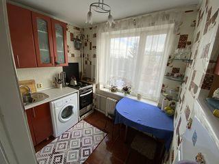 Buiucani! Apartament cu reparatie calitativa, mobila, 2 odai spatioase, 42 m.p.!