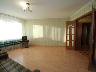 Se vinde apartament 1 cameră, 42 mp Sect. Rîșcani. Bulevardul Moscova. Zona verde