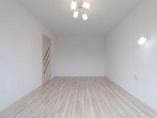 Se vinde apartament cu 1 camera , sec. Posta Veche , str.Calea Orheilui , euro-reparație+debara