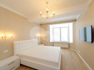 Apartament cu 2 camere, V. Pîrcălab, 450 € !