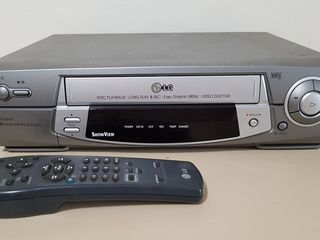 Video Cassette Player/Recorder 6 Head Hi-Fi Stereo - LG BD964P