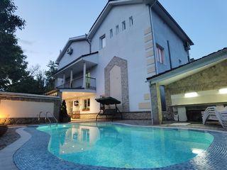 Spre chirie casă de elită, în zonă rezidențială alături de parcul Dendrariu.