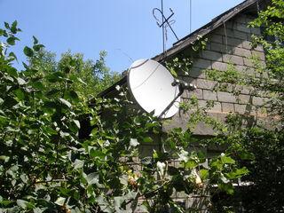 Тарелка,четыре головки,оцинкованный кронштейн,15 метров кабель