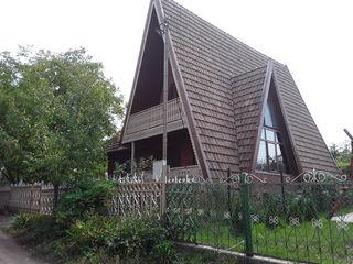 продаётся дом-дача со всеми удобствами в 1.5км от г. Бельцы, 150кв.м., 18 соток земли