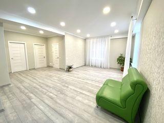 Se vinde apartament cu 2 camere + Living.Zona de Padure.