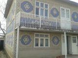 Casa de locuit + spatiu comercial in zona de centru a or. florești