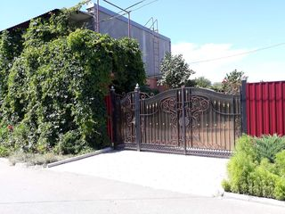 Apartament cu ograda proprie