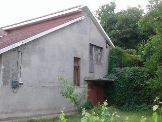 Vind sau schimb casă nouă la Ialoveni sect.Moldova