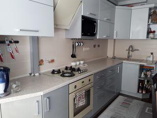 schimb apartament (com. Tohatin ) cu 2 camere 57 mp+subsol 6mp+ loc de parcare privat  pe casa pe pa