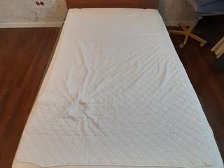 Dormitor 160/200 cu saltea ortopedica