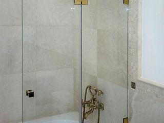 Cabine de duș la comanda. Reduceri.