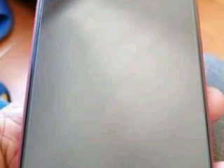 Нашёл телефон Note 8 pro верну за вознаграждение