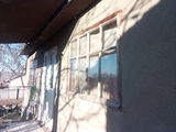 Calarasi, casa in Seliste, 14 ari.