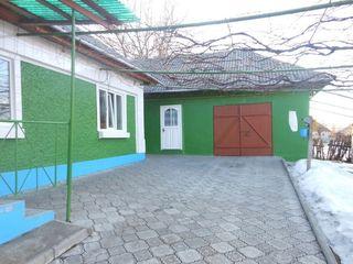 Se vinde casa urgent in centru soldanesti pe strada 1mai