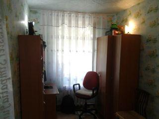 Продаётся 3-х комнатная  кв.  в середине дома . 22200 евро.