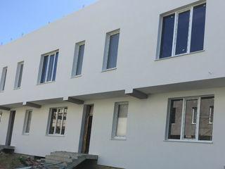 Townhouse €-75000 € priveliste panoramica!