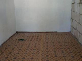 Se vinde urgent apartament 3 camere 75m